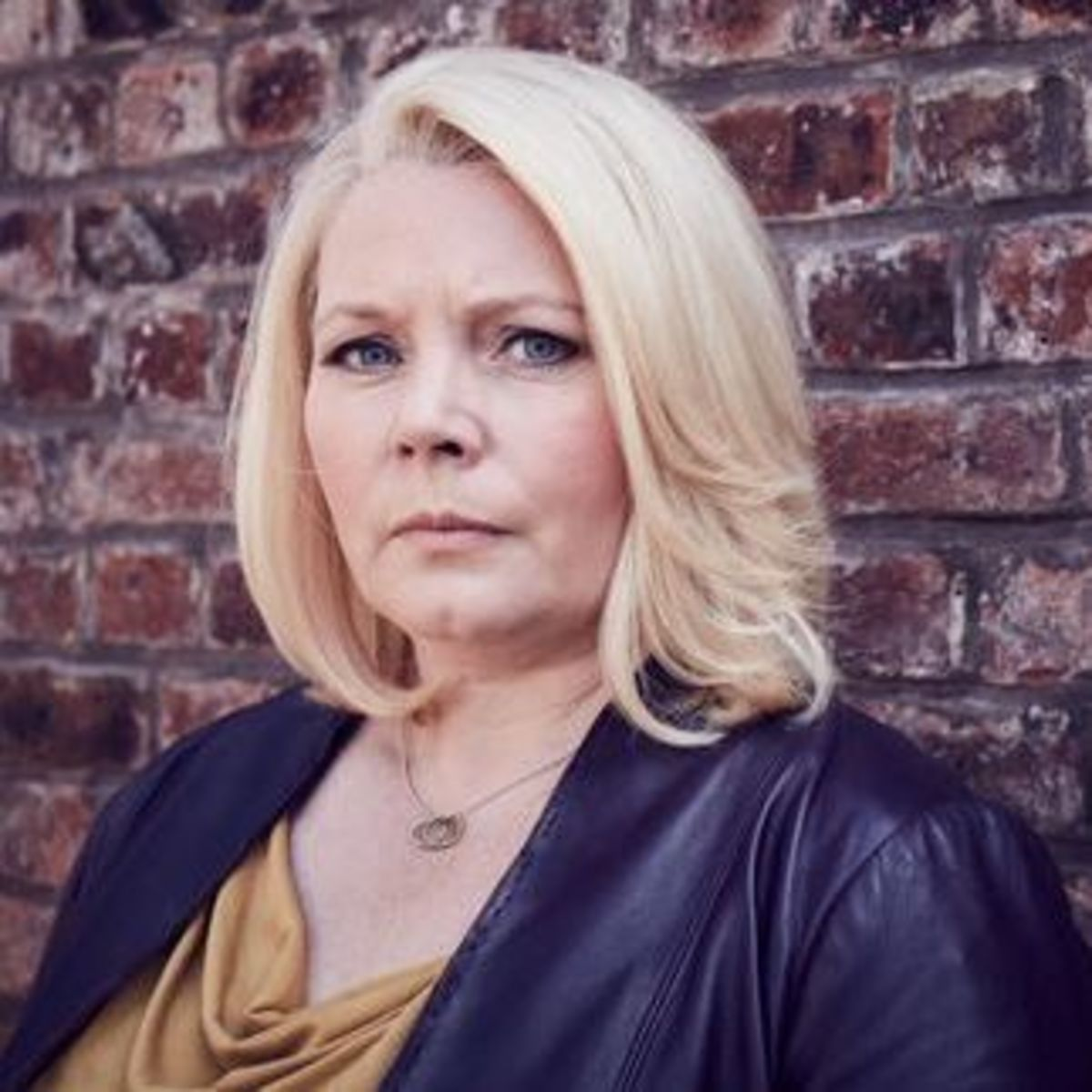 Articlehome no offence 2 inspector vivienne deering joanna scanlan 8017   none  a2